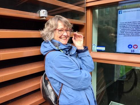 Onderweg: Alkmaarse Ineke Schwering (63) is in een levensfase beland waarin ze weer nieuwsgierig kan zijn naar alles