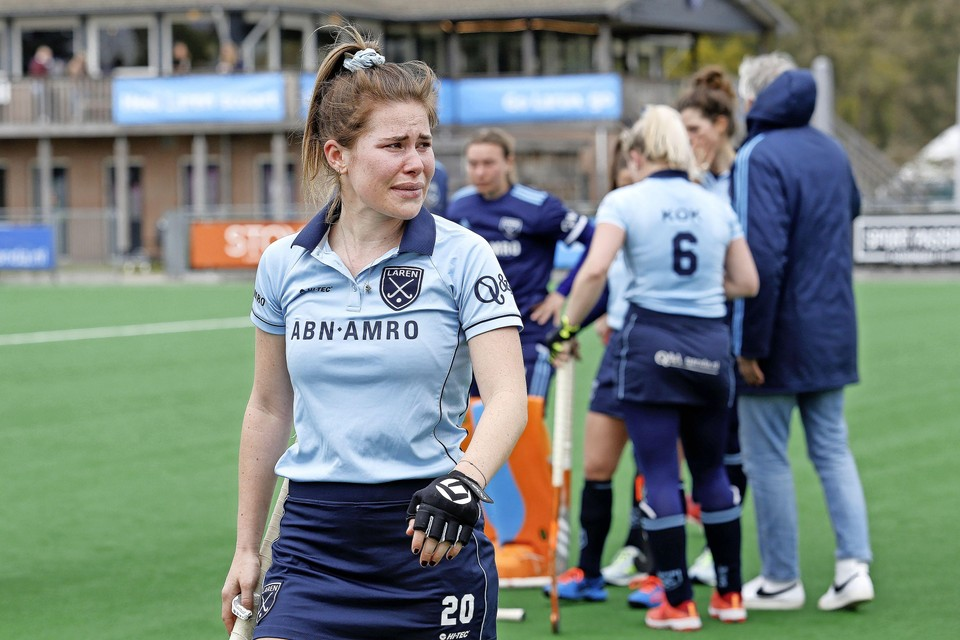 Cécile Knuvers na de degradatie afgelopen seizoen. Ze is als een van de weinigen Laren trouw gebleven.