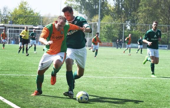 Voetbalclub Dindua mag fusieplan maken met West Frisia in Enkhuizen