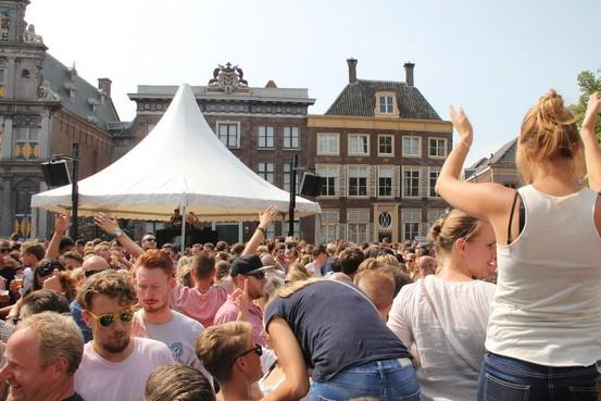 Uurtje langer drinken tijdens Hoornse Lappendag nog niet de beste oplossing