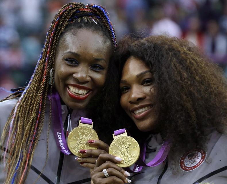 Venus en Serena Williams wonnen goud in 2012.