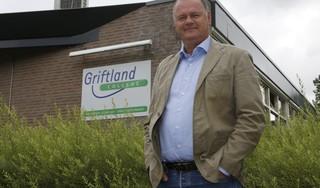 Aantal coronabesmettingen op Griftland College Soest stijgt; 20 leerlingen en 8 medewerkers besmet; hele bovenbouw (650 leerlingen) krijgt weer thuis les