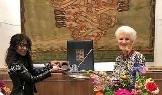 Sylvana Simons is 'space invader', zegt minister van staat Sybilla Dekker