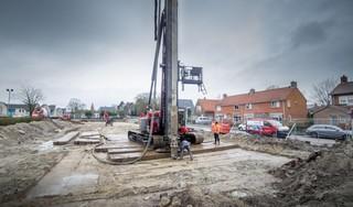 Acht 'buurtjes' voor singles én koppels in zorgpilot met nieuwbouw; eerste paal geruisloos de grond in voor nieuw zorgcentrum Hippolytushoef [video]