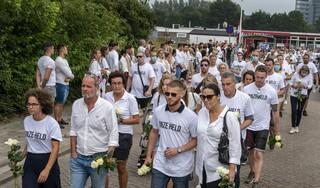 Respect wint het van woede bij stille tocht voor Bas van Wijk (24) in Badhoevedorp