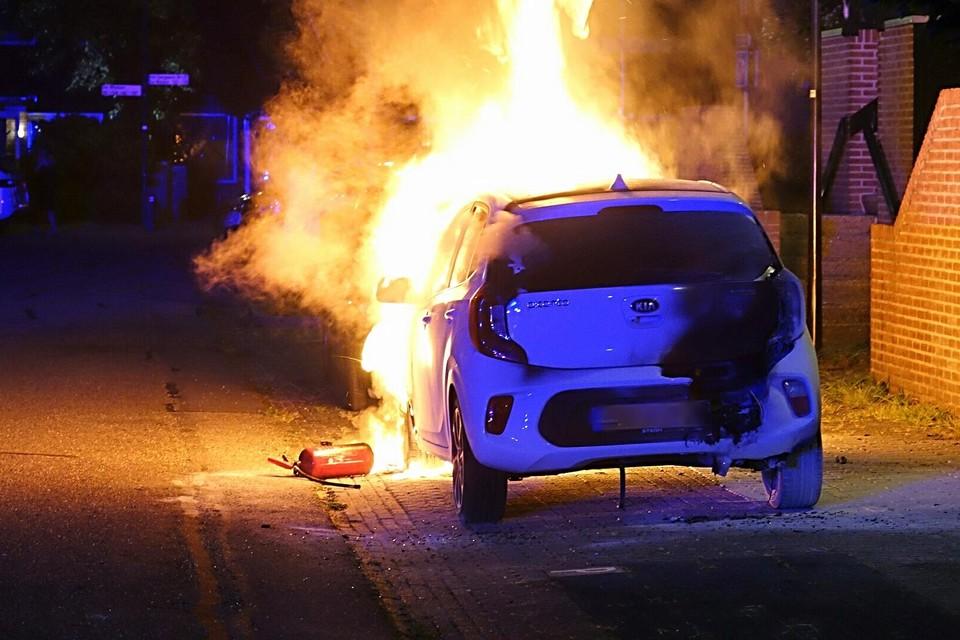 De auto aan het Gangwerk was na de brand total loss.