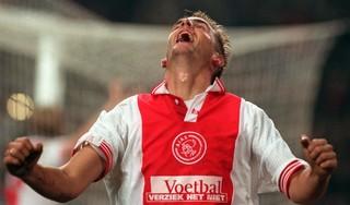 Op deze dag in 1997: Ajax bezegelt lot van trainer Arie Haan en Richard Witschge vernedert Feyenoorders [video]