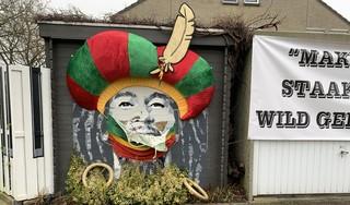 Bob Marley-schildering met Pietvermomming in Purmerend vernield, eigenaren worden bedreigd: 'Wij zijn neutraal, en laten ons niet bang maken'