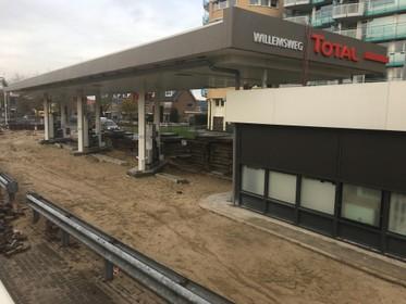 Tankstation Willemsweg in Hoorn wacht op betonnen vloerplaat