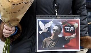 Franse leraar onthoofd: omstreden cartoon maar even laten zitten tijdens de les? 'Vrijheid is ook om de cartoon niet te laten zien'