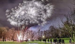 Burgemeester Zaanstad gaat voor vuurwerkverbod. Veel te snel vindt VVD-raadslid Onclin