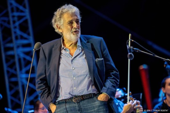 Operazanger Plácido Domingo annuleert nu zelf concerten in Madrid