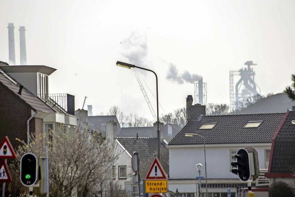 Wijk aan Zee onder de rook van Tata Steel.