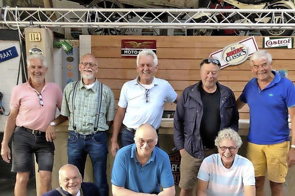 Bernard(l.), Peter, Harry, Gerard, Martin Peter, Hans, en Gert.