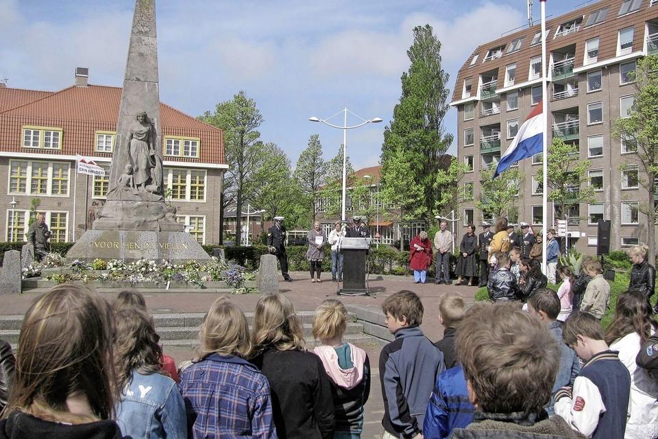 De herdenking op 15 augustus is bij het monument 'Voor hen die vielen'.