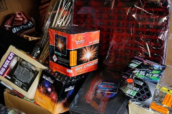 Voorraad illegaal vuurwerk ontdekt in schuurtje Oostzaan