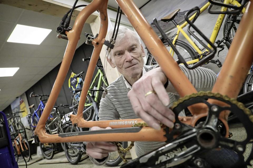 Ondernemen zit Frankfort in het bloed. De wasautomaten zijn inmiddels verruild voor fietsen.