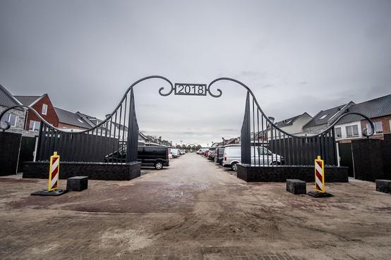 Consternatie over 'concentratiekamphek' in Volendam