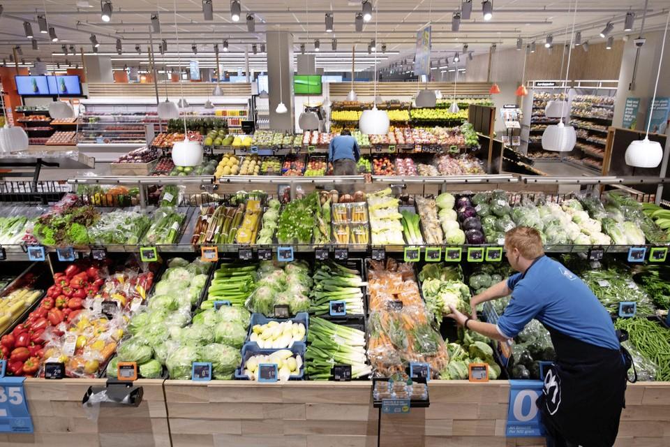 De nieuwe supermarkt komt in plaats van de Albert Heijn in het winkelcentrum, deze sloot vier dagen geleden de deuren al voorgoed.