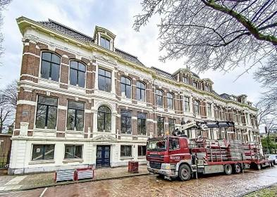 Op stand wonen in Op Dreeff in Haarlem: Cobraspen Groep restaureert vier rijksmonumentale herenhuizen