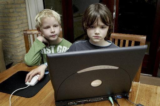Tabijn luidt noodklok over laptops thuisonderwijs
