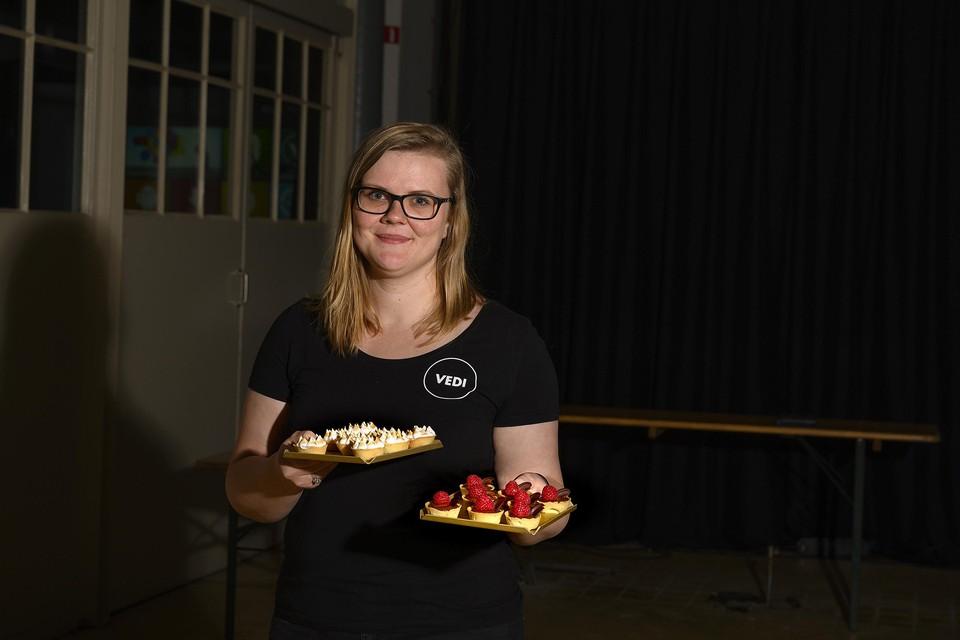 Vedi van Steenwijk biedt haar taarten online aan.