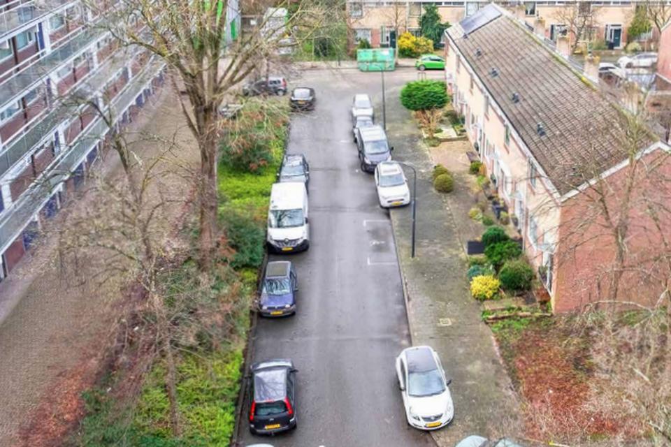 De gemeente heeft een renovatieplan voor Meerwijk liggen - IVORIM genaamd - om de openbare ruimte vanaf 2022 op te knappen.
