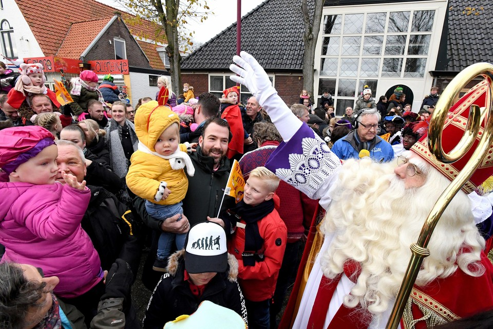 De intocht van Sinterklaas in Julianadorp in 2019.