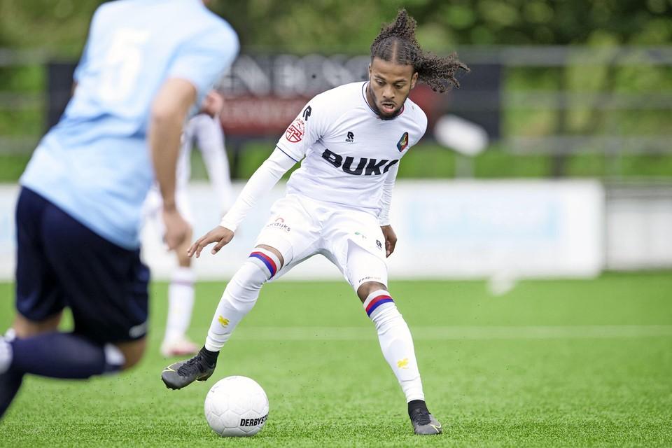 Rashaan Fernandes lijkt bij het begin van het seizoen op een basisplaats te kunnen rekenen.