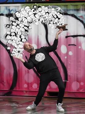 Van ranzige rapteksten tot brave huisvader: MC Remon heeft zijn wilde haren verloren, 'maar de hiphop, die blijft' [video]