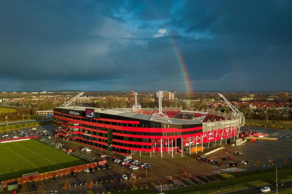 Het stadion als de spreekwoordelijke pot met goud aan het einde van de regenboog.