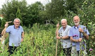 'Een hangplek voor jong en oud', noemen vrijwilligers Pieter Borst, Wim Riepma en Hil Bakker de groene oase in Oudorp 't Groene Hart.