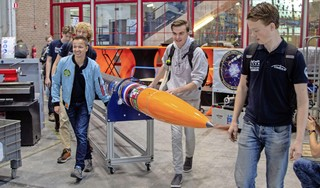 Met raket 'Stratos IV' willen Delftse studenten wereldrecord raketbouw verbeteren [video]