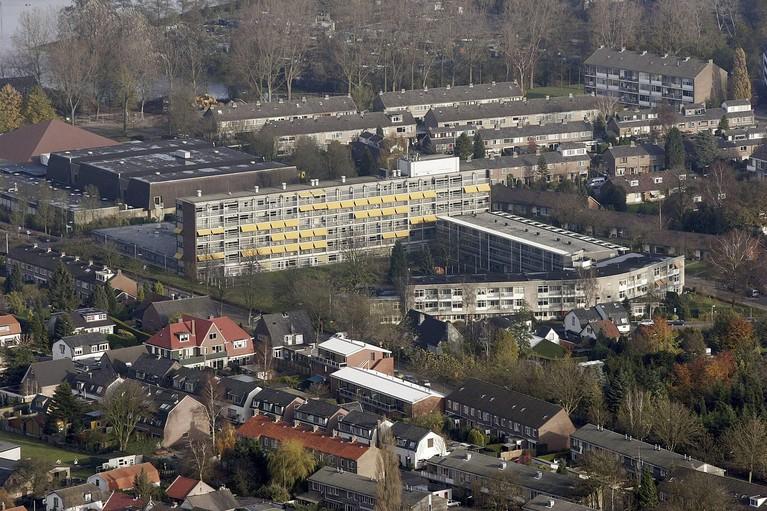 Groeiend aantal bewoners verpleeghuizen regio zijn besmet; Lyvore zet uit voorzorg in woonzorgcentrum Santvoorde in Baarn speciale corona-afdeling op