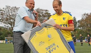 Mijlpaal Maik den Iseger, maar eretitel 'Mr. LSVV' is nog ver weg: nog 210 duels te gaan