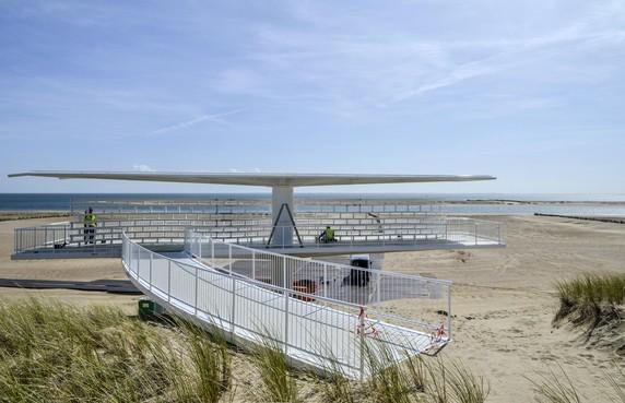 Uitkijkpunt over nieuwe natuur op Texel