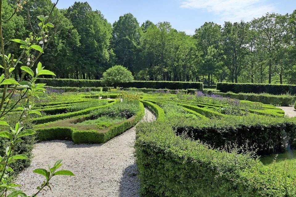 Leer alles over de bijzondere tuinen van het landgoed.