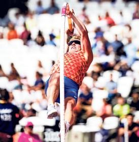 Menno Vloon moet met zijn polsstok Tokio-limiet even uit zijn hoofd zetten: 'Zonde, ik spring beter dan ooit'