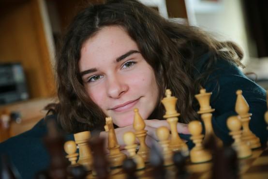 Hoorns schaaktalent Robin Duson presteert bij EK onder 18 jaar uit in de marge