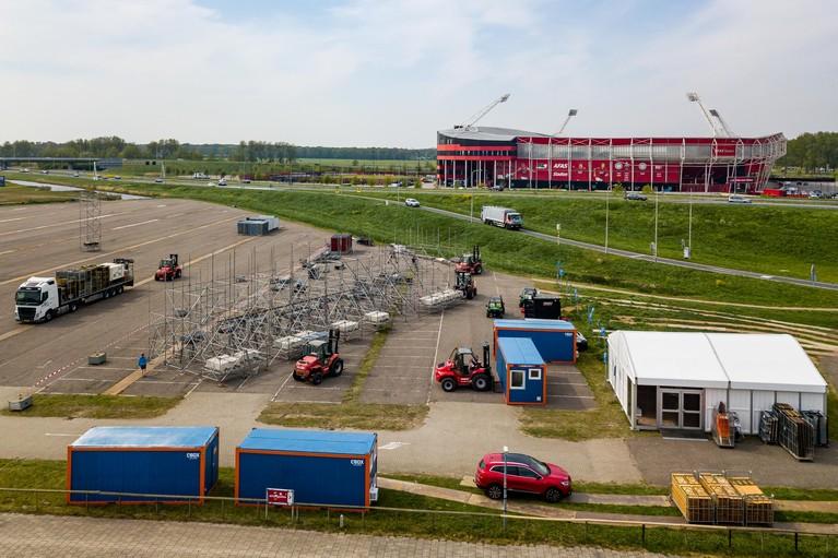 Zweten over 'nuchterder' en nat Slam! Koningsfeest in Alkmaar