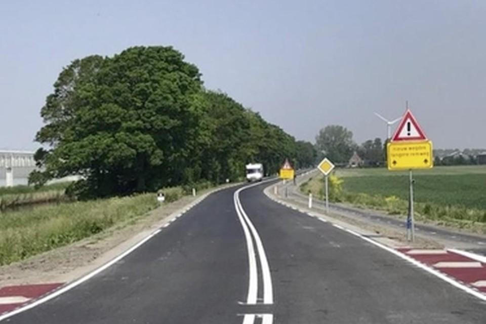 Nieuw asfalt op de N240.