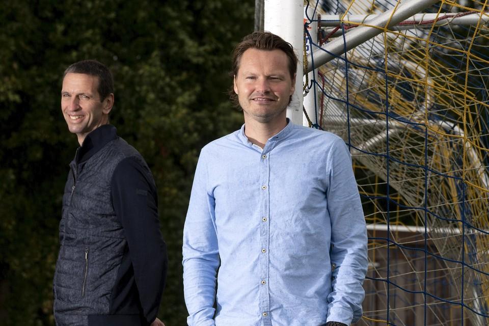 """Marco van Eliveld (rechts) en Frank Oosterveer. ,,Als ik bang was belde ik hem op. Wat gebeurt er met me?"""""""