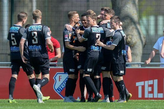 Droomstart FC Volendam snel teniet gedaan in Utrecht [video]