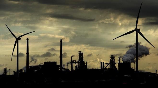 Ontslaggolf Tata Steel: 1600 banen weg in IJmuiden. Vakbonden en ondernemingsraad zijn woedend