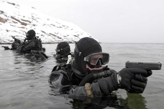 Oud-mariniers delen lief, leed en expertise in weer een nieuwe groep