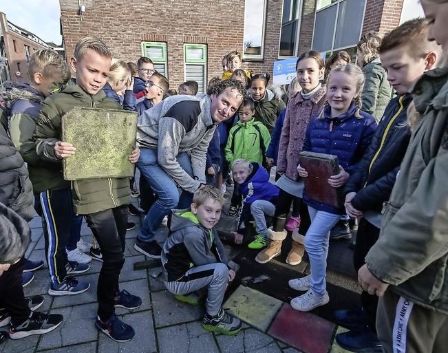 Pancratiusschool Enkhuizen wint pleinwedstrijd hoogheemraadschap: een groene oase in het hart van de stad [video]