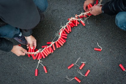 Stelling Helderse en Schager Courant: centraal afsteken van vuurwerk is een goed idee