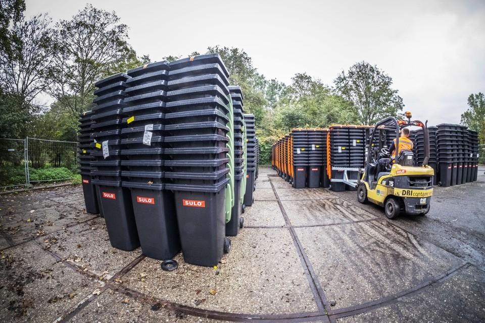 De uitrol van nieuwe containers in Heiloo, een jaar geleden.