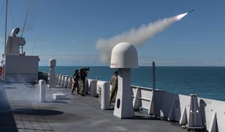 Met vanaf schouder afgevuurde raket kunnen ook marineschepen worden beveiligd