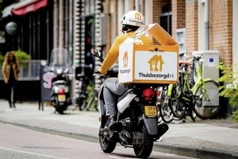 Maaltijdbezorgers zorgen voor veel overlast in Zaanstad (Foto ter illustratie).